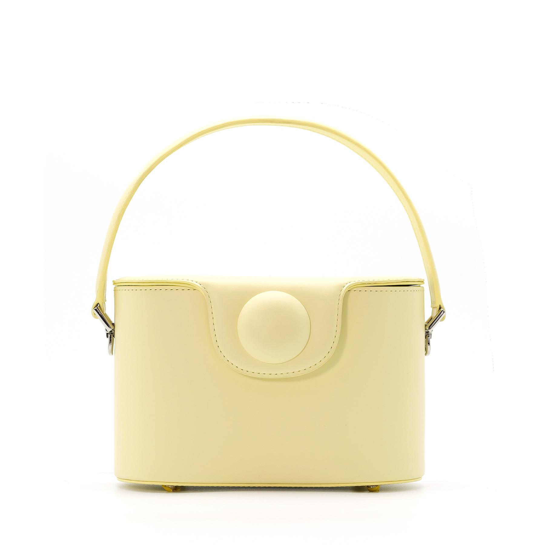 A.Cloud Circle Dot Bucket Bag